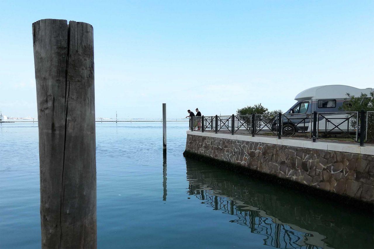 piazzole fronte laguna camping fusina venezia